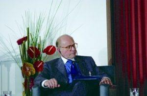 EPA-Präsident Prof. Alain Pompidou