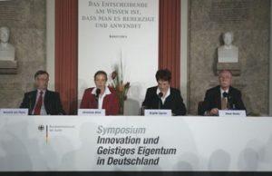 Pressekonferenz Symposium Geistiges Eigentum
